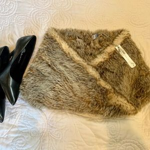 AERIE ~ Real Obsessed Faux Fur neck Cowl